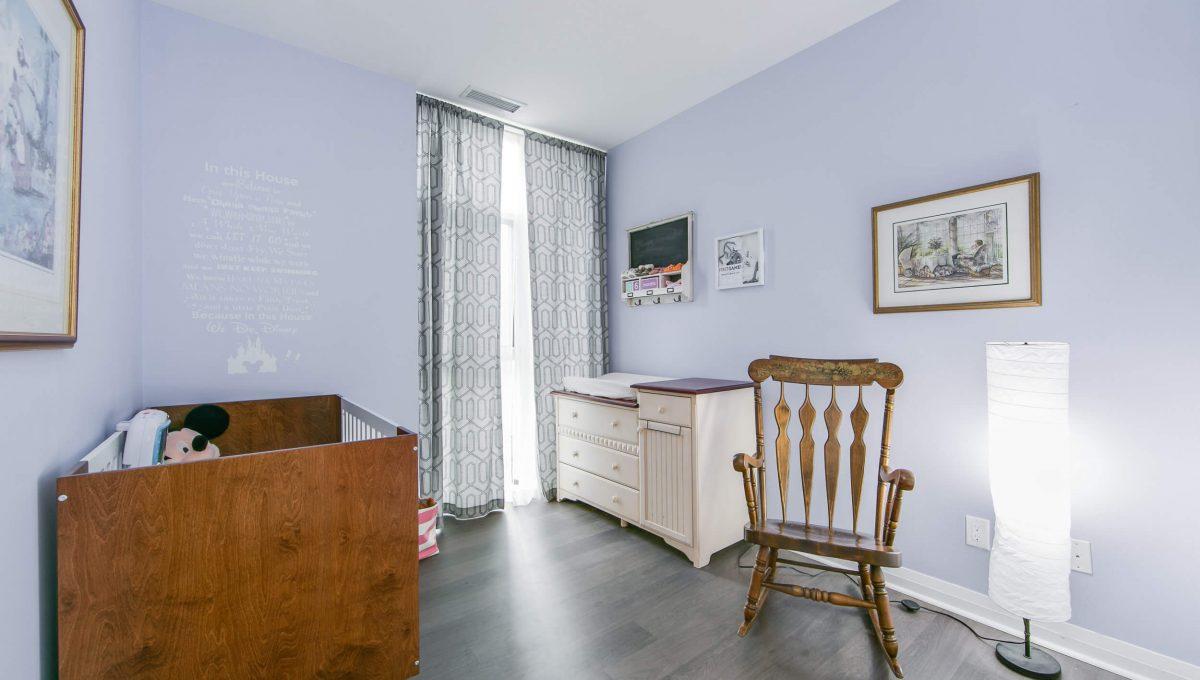 106-55 Oneida Cres - Bedroom