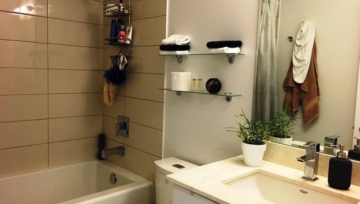 59 Annie Craig Dr - Bathroom