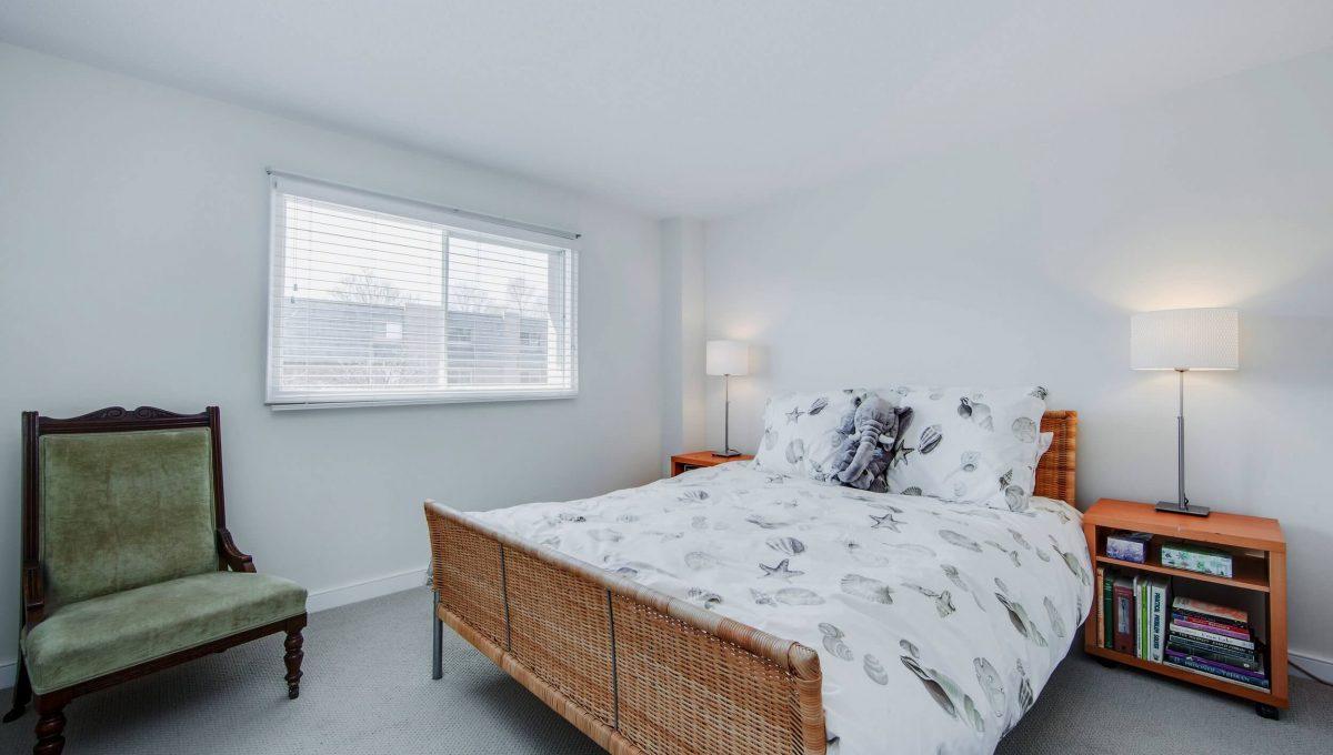 71 Dutch Myrtle Way - Bedroom