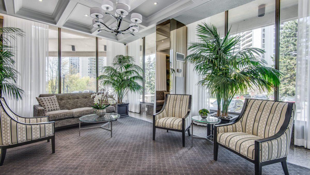 75 Graydon Hall - Lobby