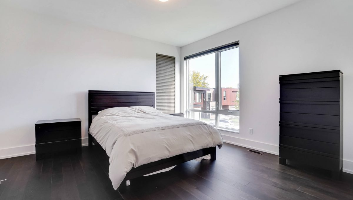 10 Valliere Place - Bedroom