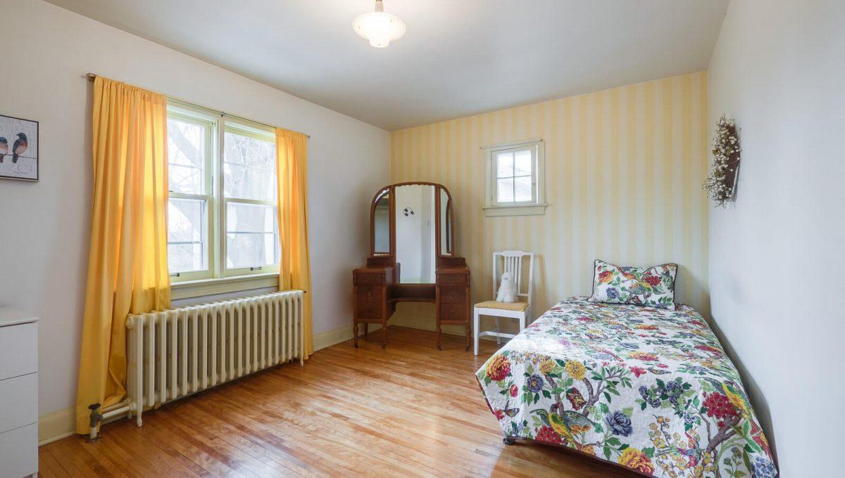 217-hanna-road_bedroom3