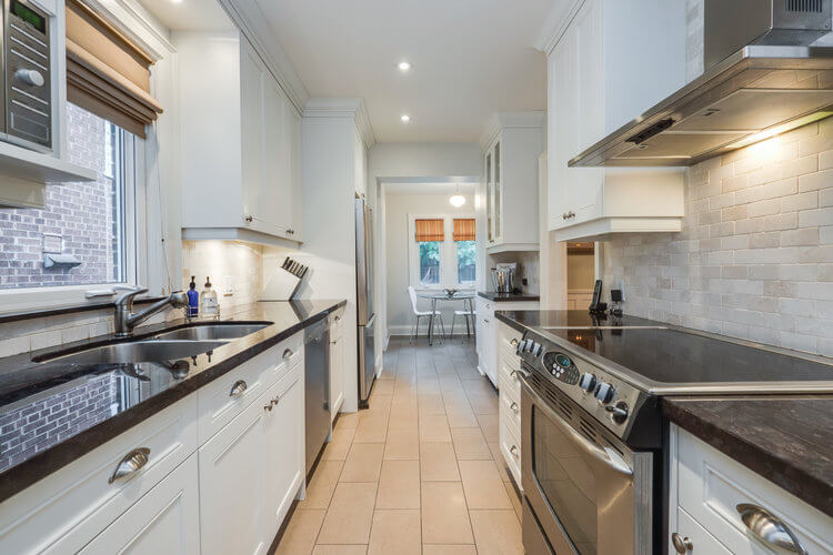 31 McNairn Ave - Kitchen