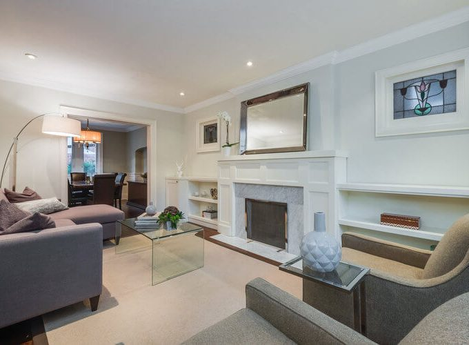 31 McNairn Ave - Living room
