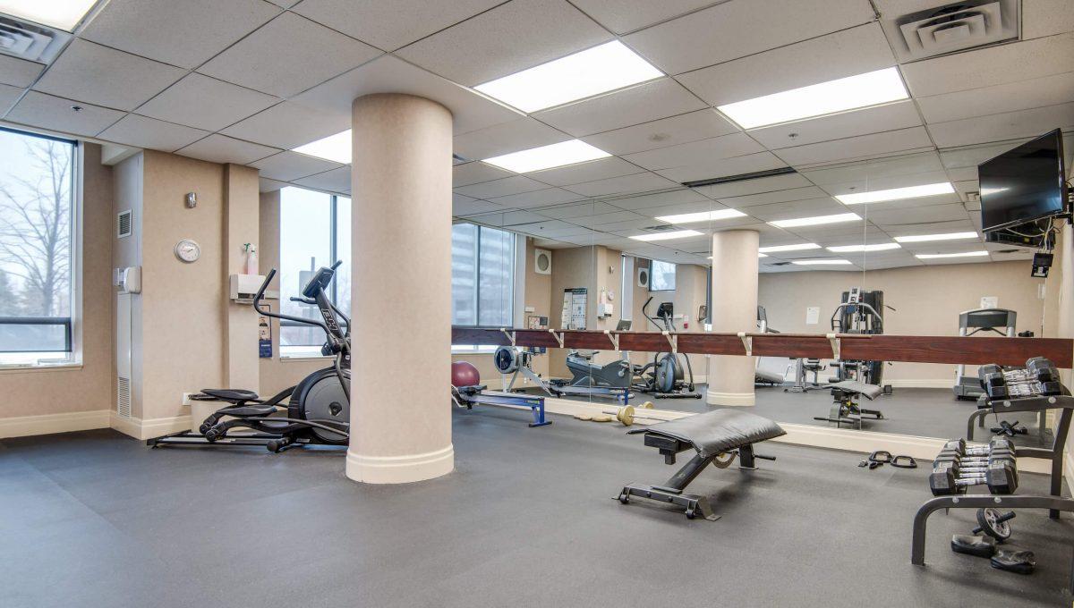 39 Oneida Cres - Gym