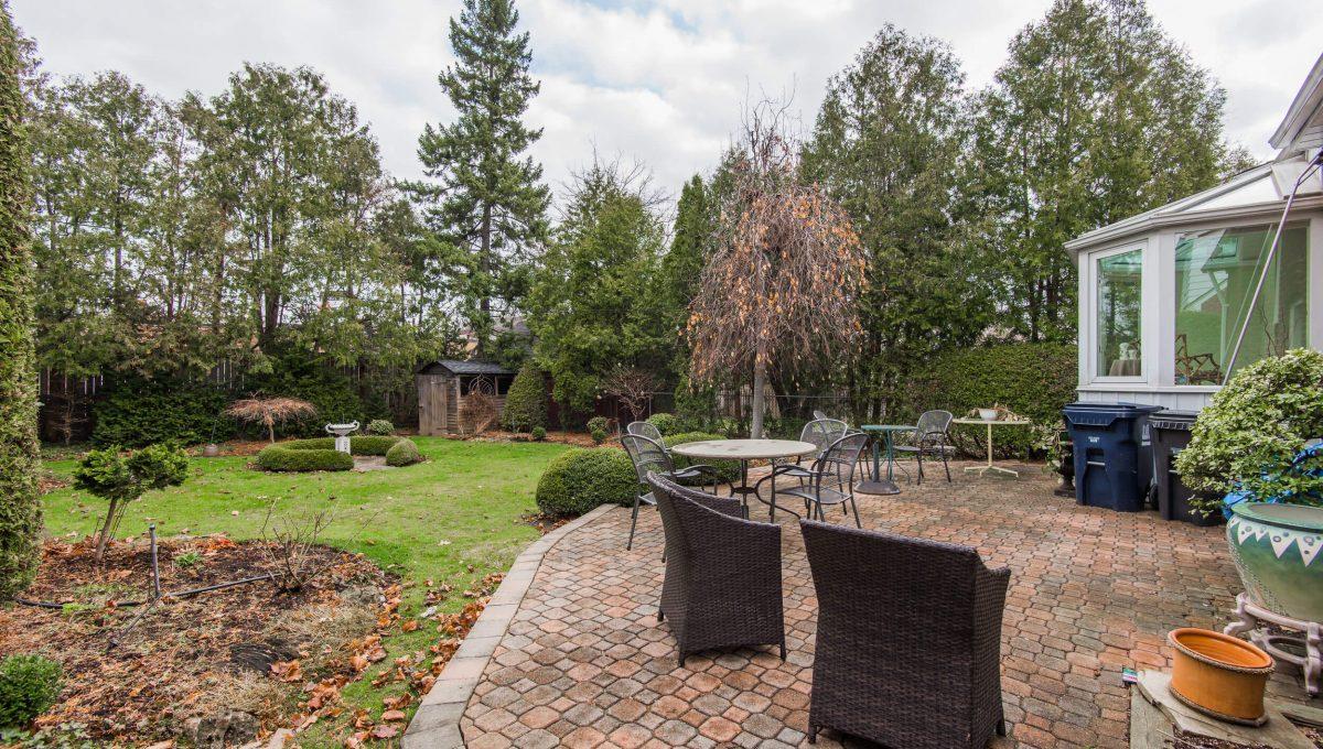 40 Craigmore Cres - Backyard