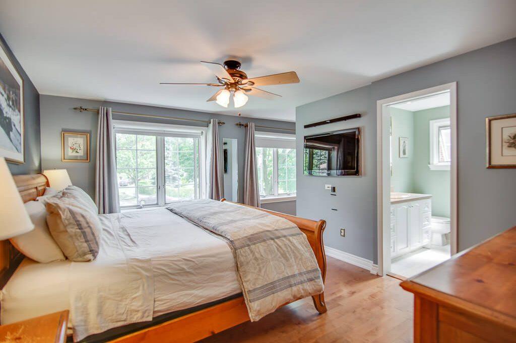 42 Skyview Cres - Master bedroom