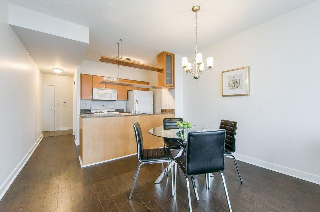 35 Mariner Terrace - Dining room