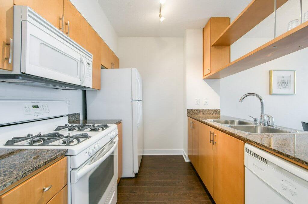 35 Mariner Terrace - Kitchen