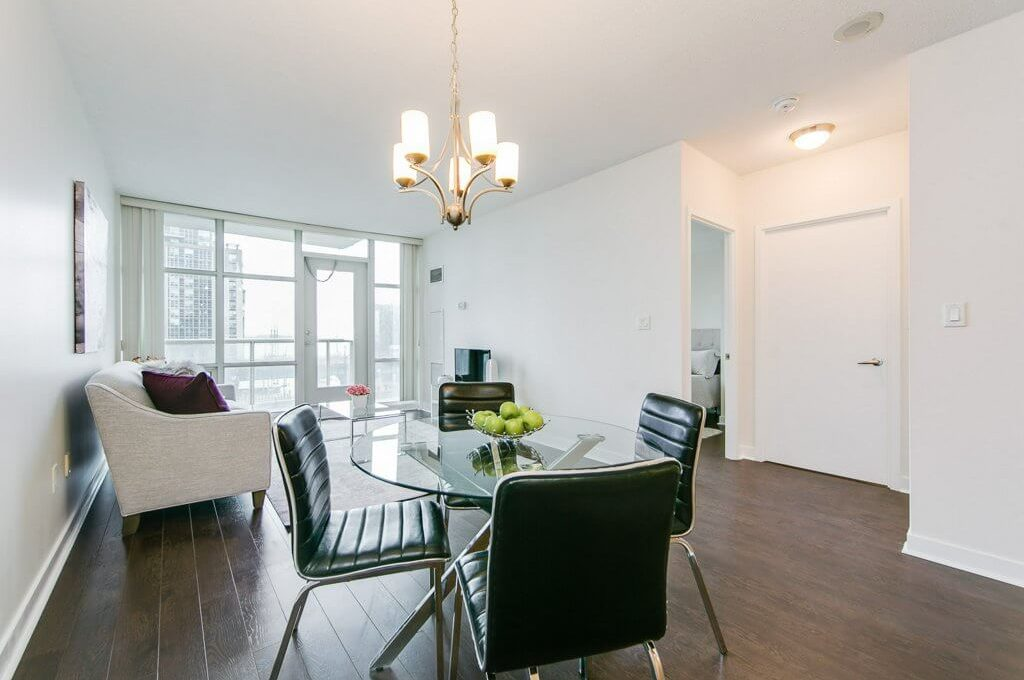 35 Mariner Terrace - Living and dining area