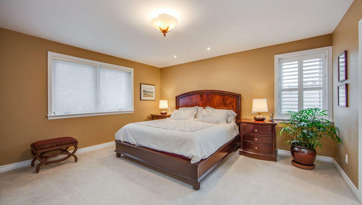 8 Boldmere Cres - Master bedroom