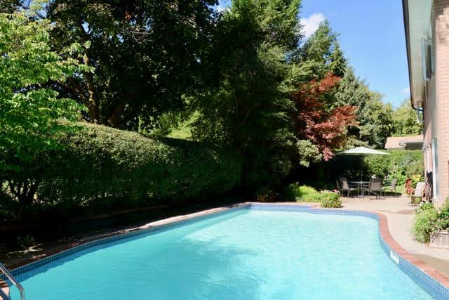 8 Boldmere Cres - Pool