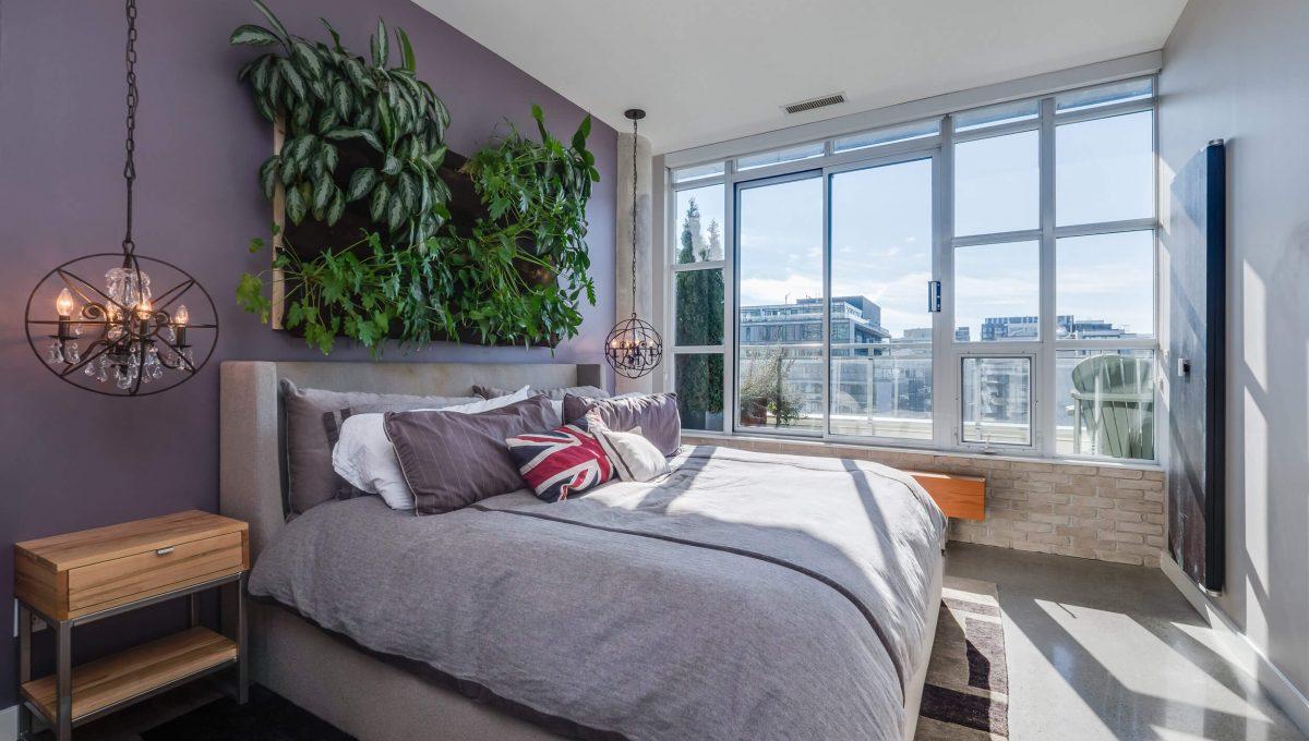 903-19 Brant St - Master bedroom