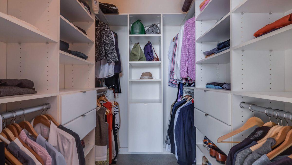 903-19 Brant St - Walk-in closet