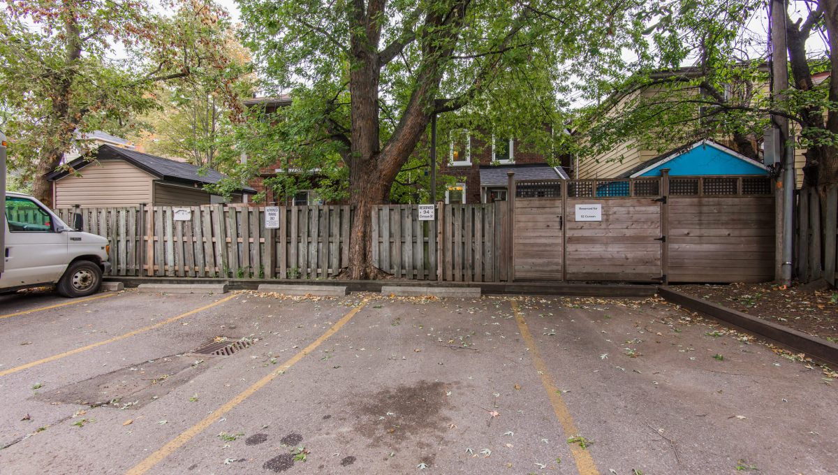 94 Curzon St - Parking space