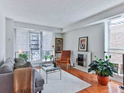 409-188 Redpath Avenue - Living Room