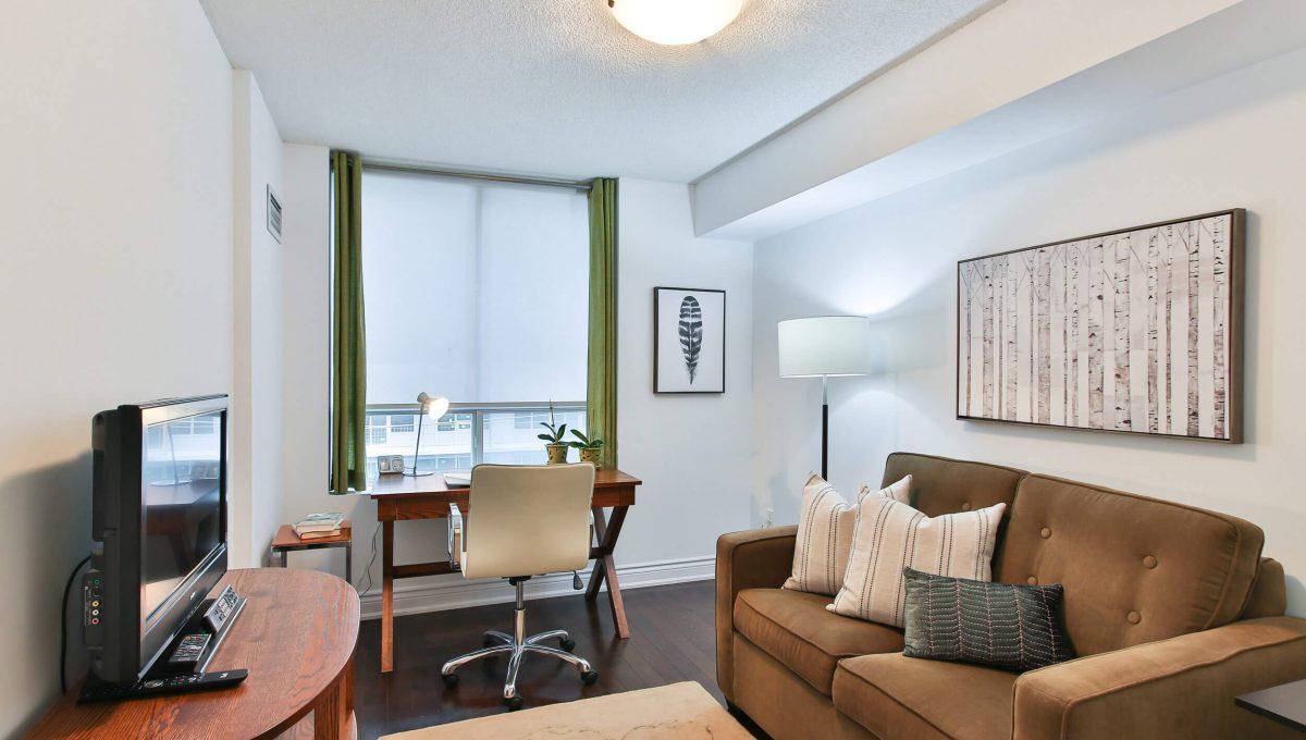 504-188 Redpath Avenue - Room
