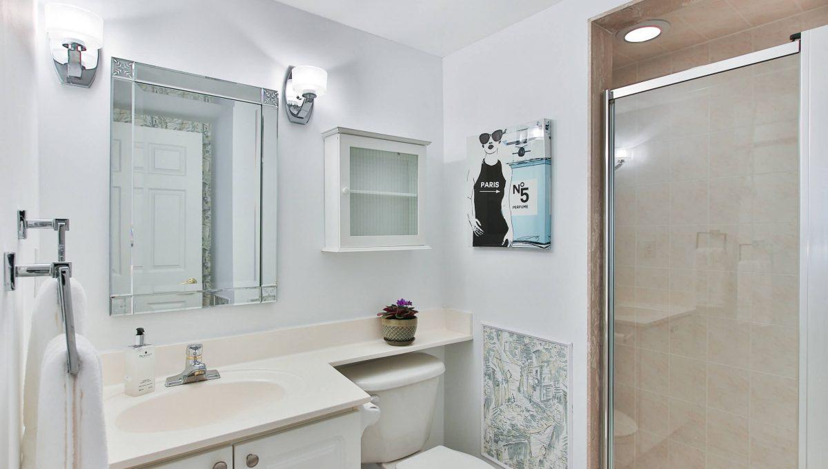 504-188 Redpath Avenue - Washroom