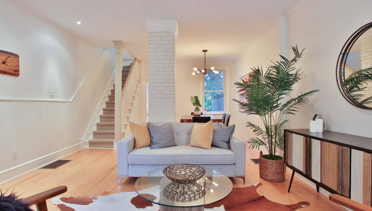 63 De Grassi Street - Living Room