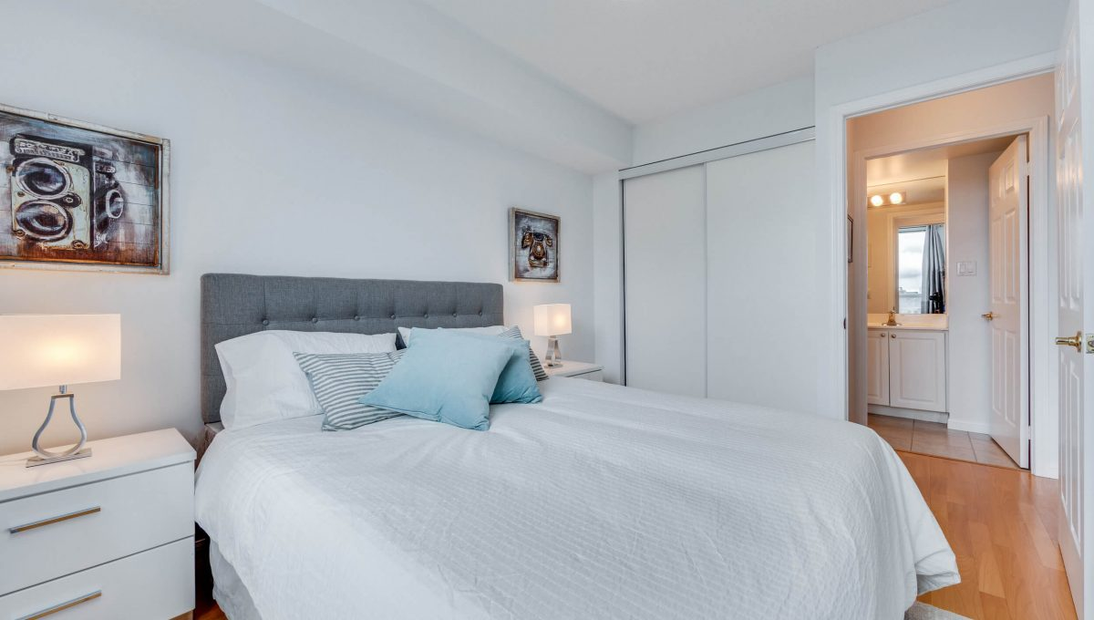 505-188 Redpath Avenue - Bedroom