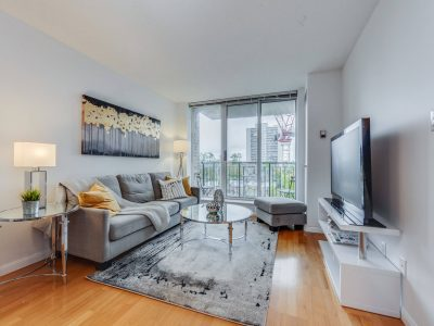 505-188 Redpath Avenue - Living Room