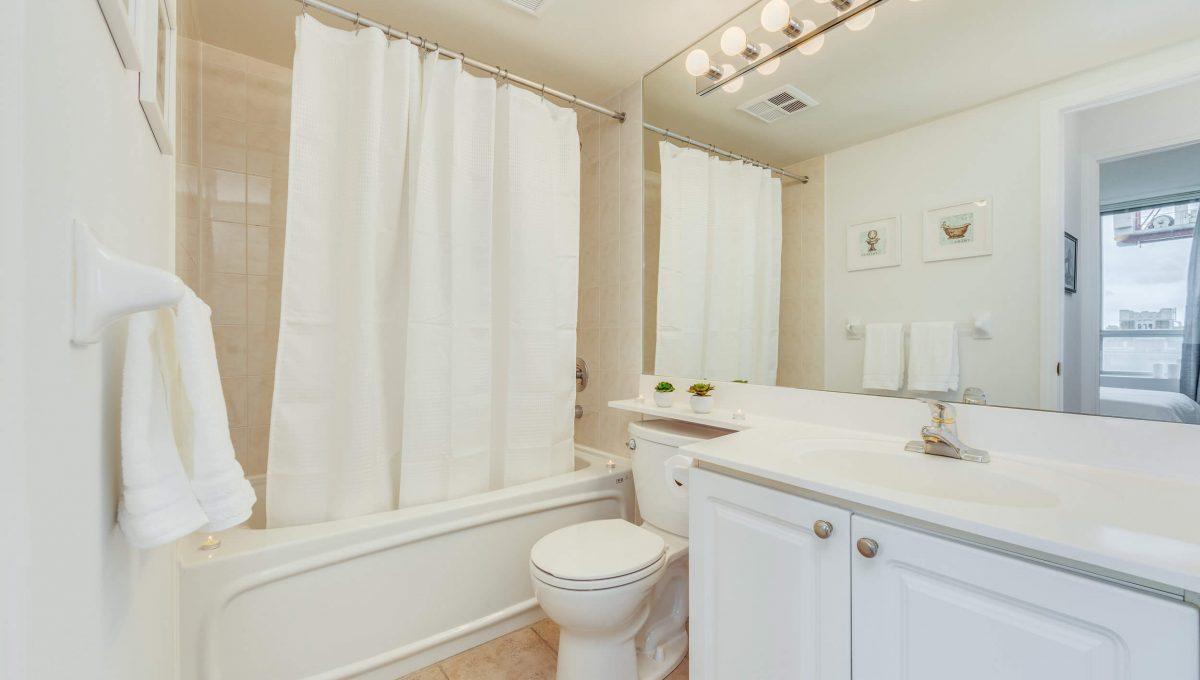 505-188 Redpath Avenue - Washroom