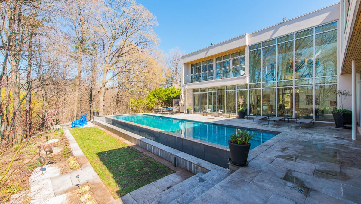 6 King Maple Place - Pool