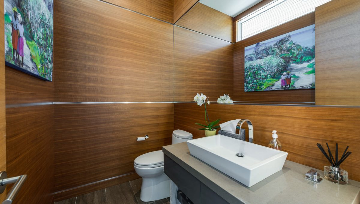 6 King Maple Place - Washroom