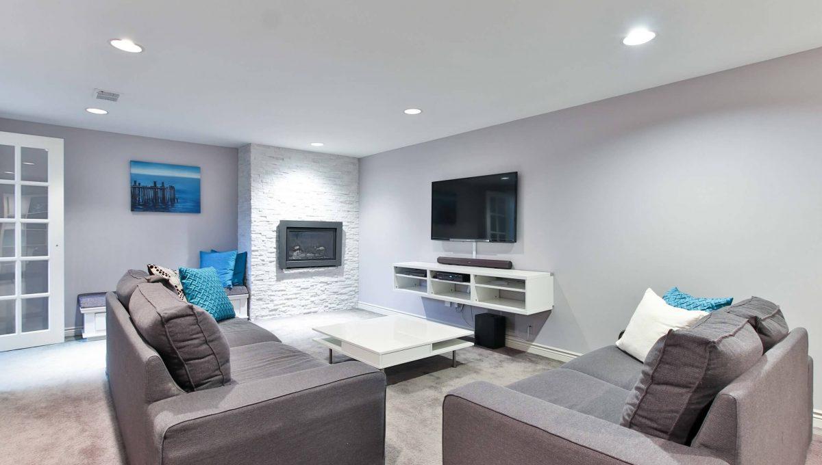 1 Michigan Dr - Basement living room