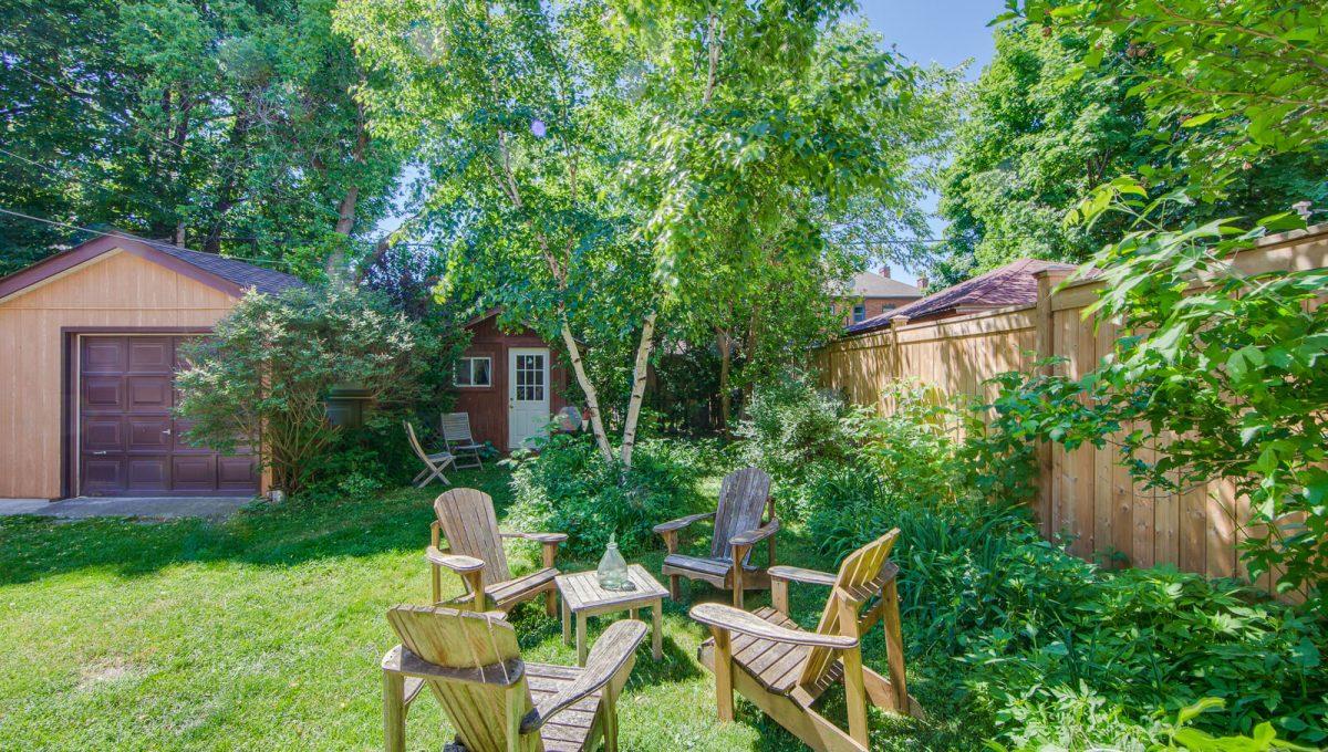 265 Brookdale Ave - Backyard