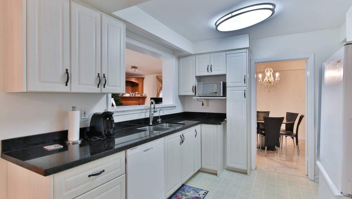 3 Gemini Rd - Kitchen