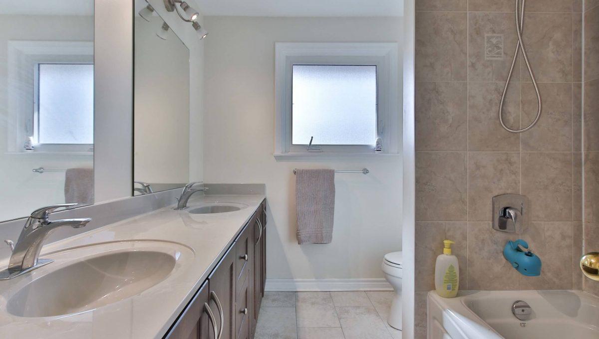 3 Gemini Rd - Washroom