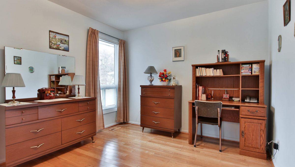 47 Bathford Cres - Bedroom