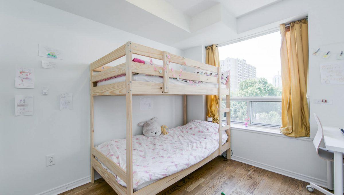 513-300 Balliol St - Bedroom