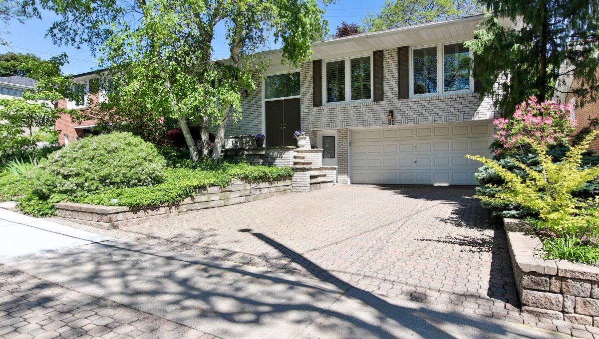 52 Sawyley Drive - Front