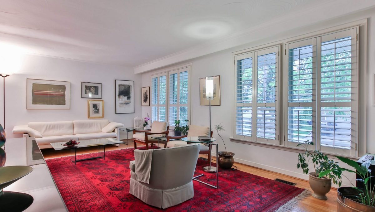 52 Sawyley Drive - Living room