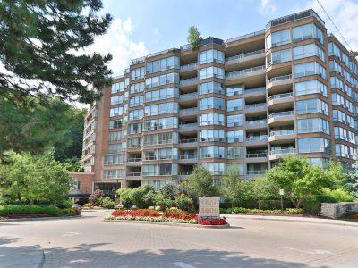 710 - 3800 Yonge St - Building