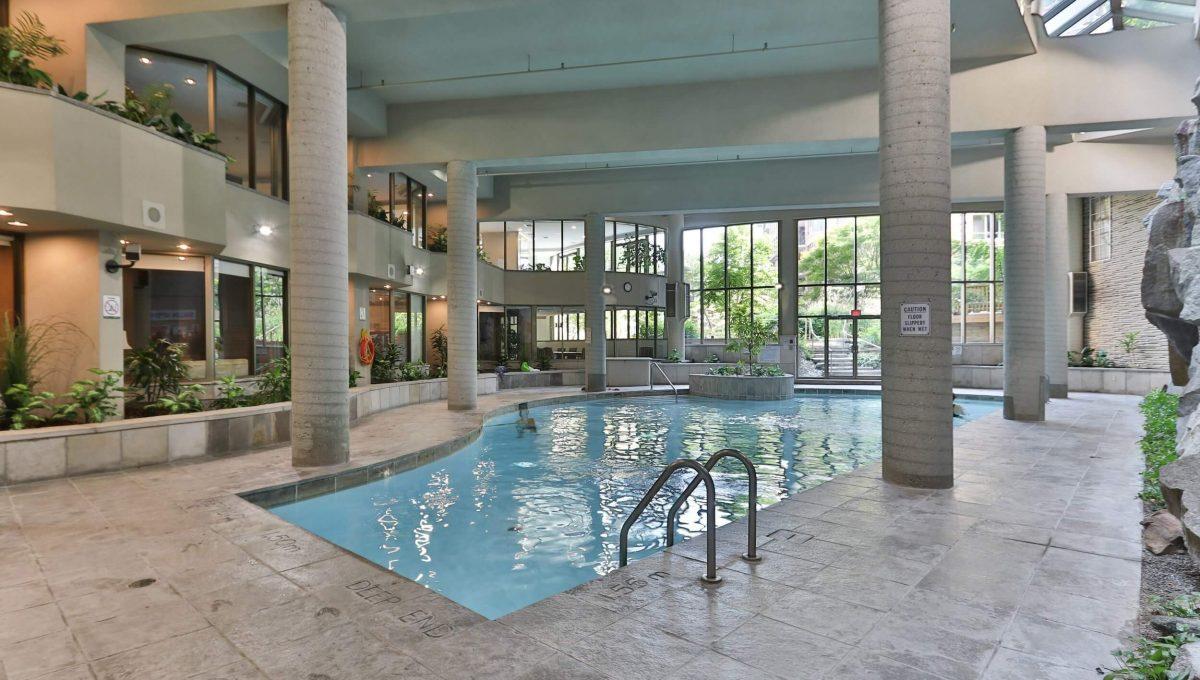 710 - 3800 Yonge St - Pool