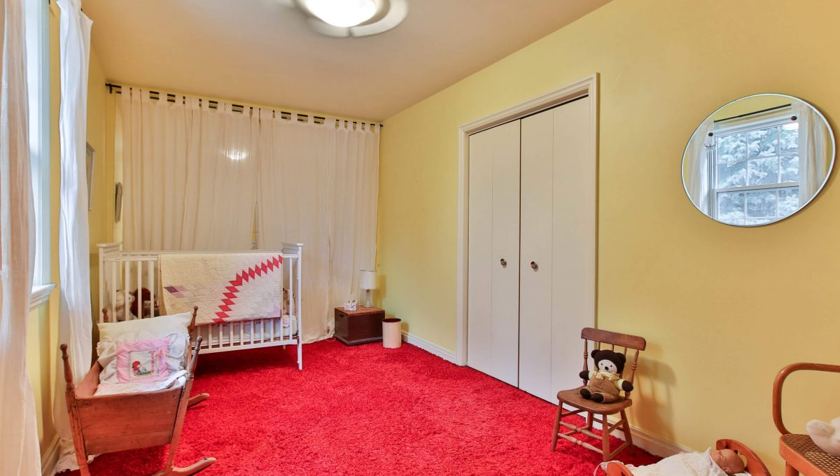 9 Bernick Rd - Bedroom