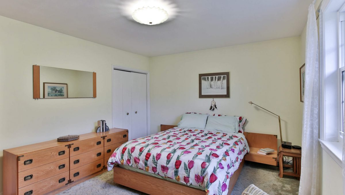 9 Bernick Rd - Master bedroom