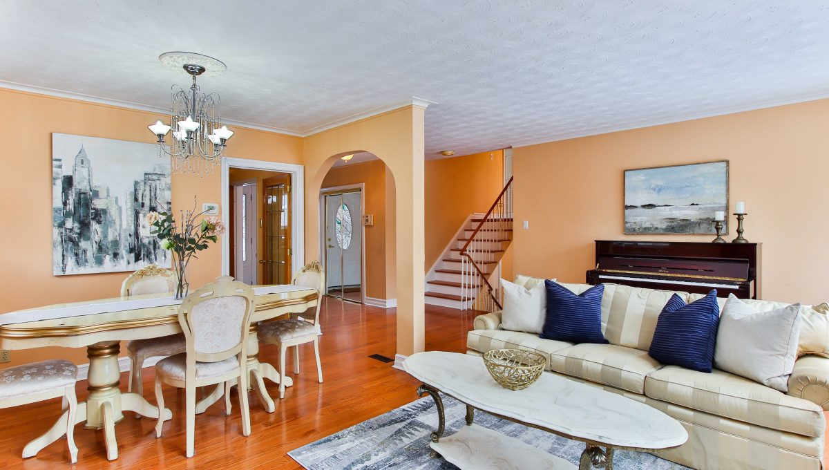 230 Goulding Ave_Livingroom 2