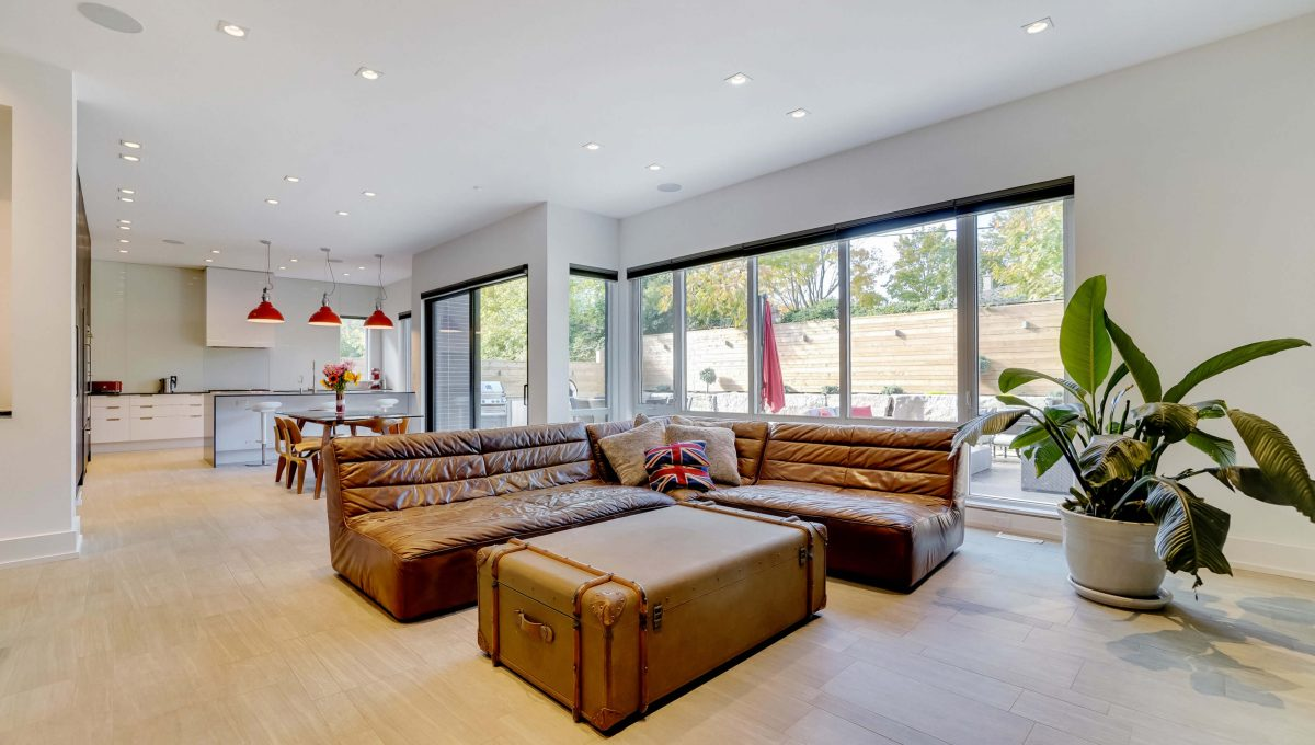 10 Valliere_Family Room 2