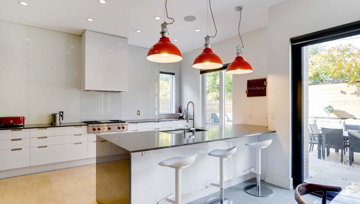 10 Valliere_Kitchen 1