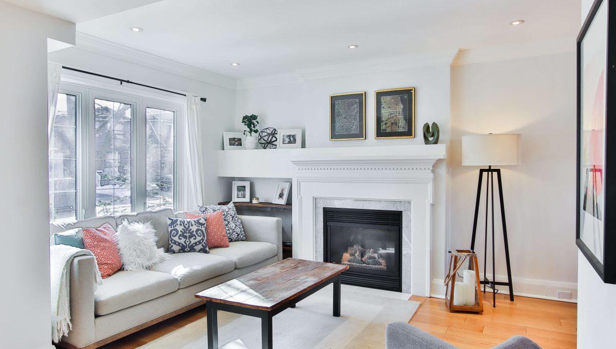 398 Manor_Livingroom 2