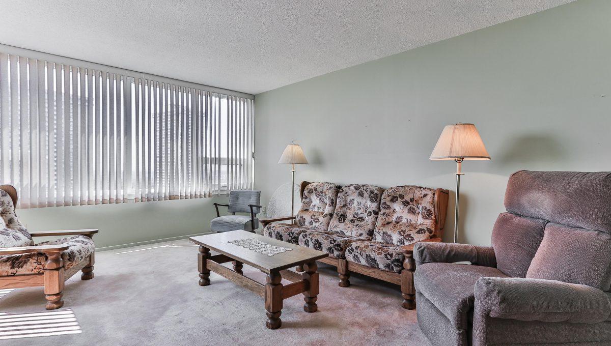 14_Livingroom