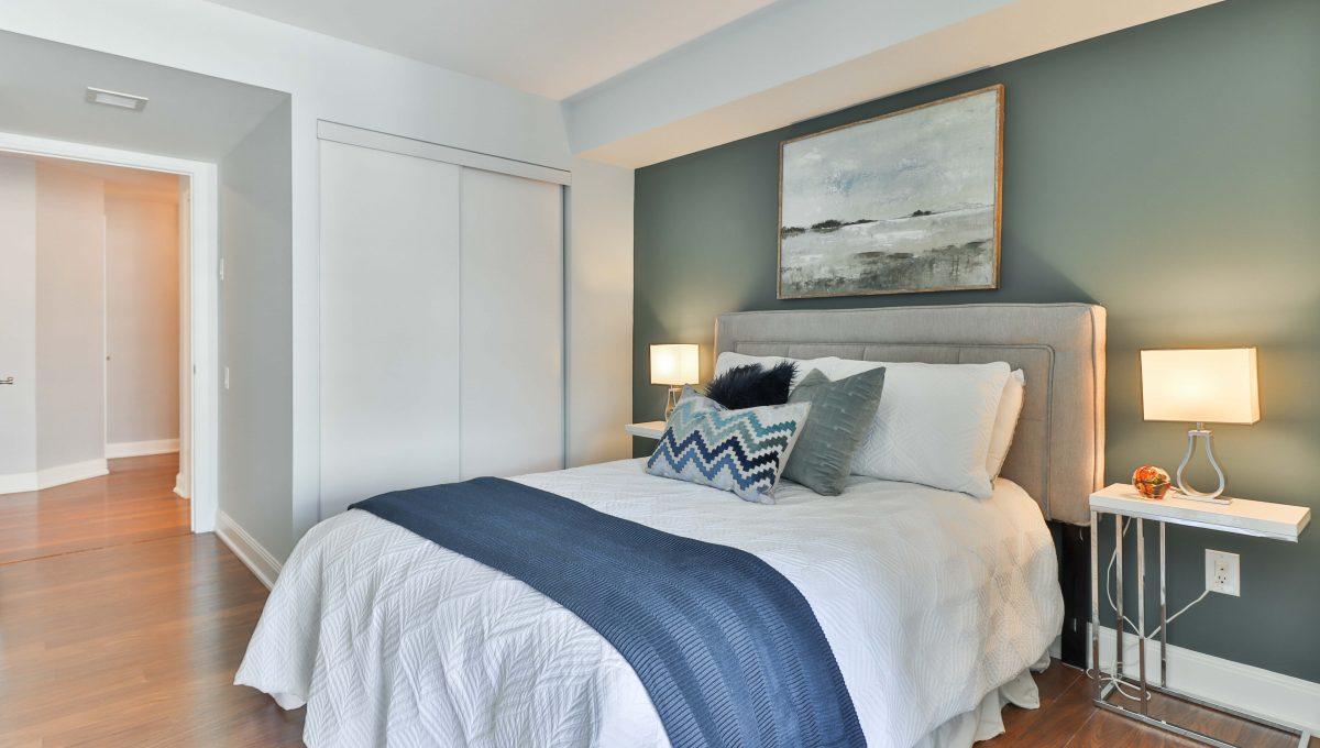 18_Bedroom