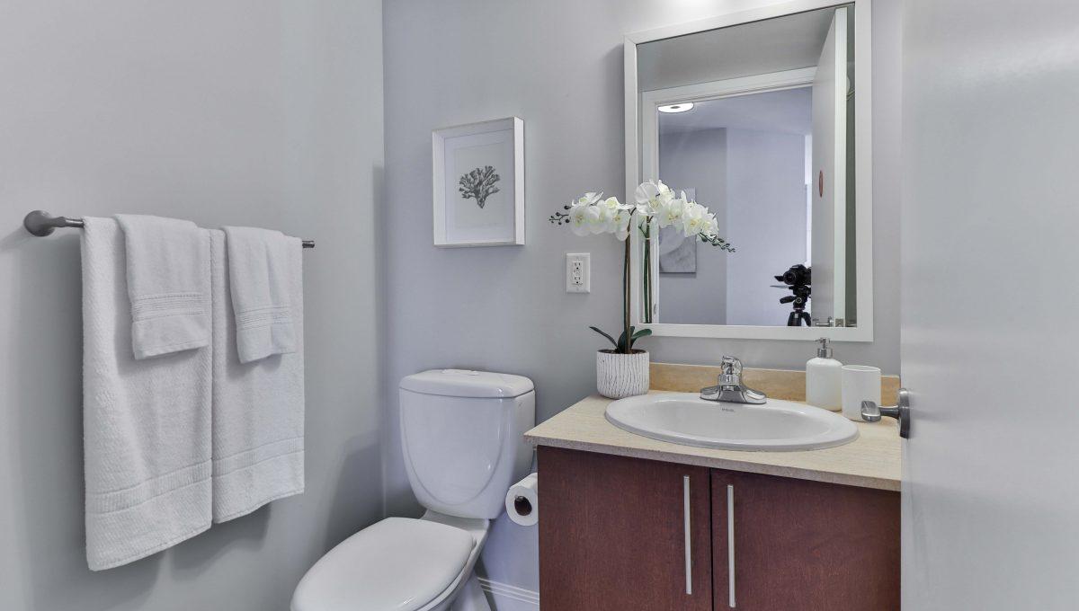 20_Bathroom