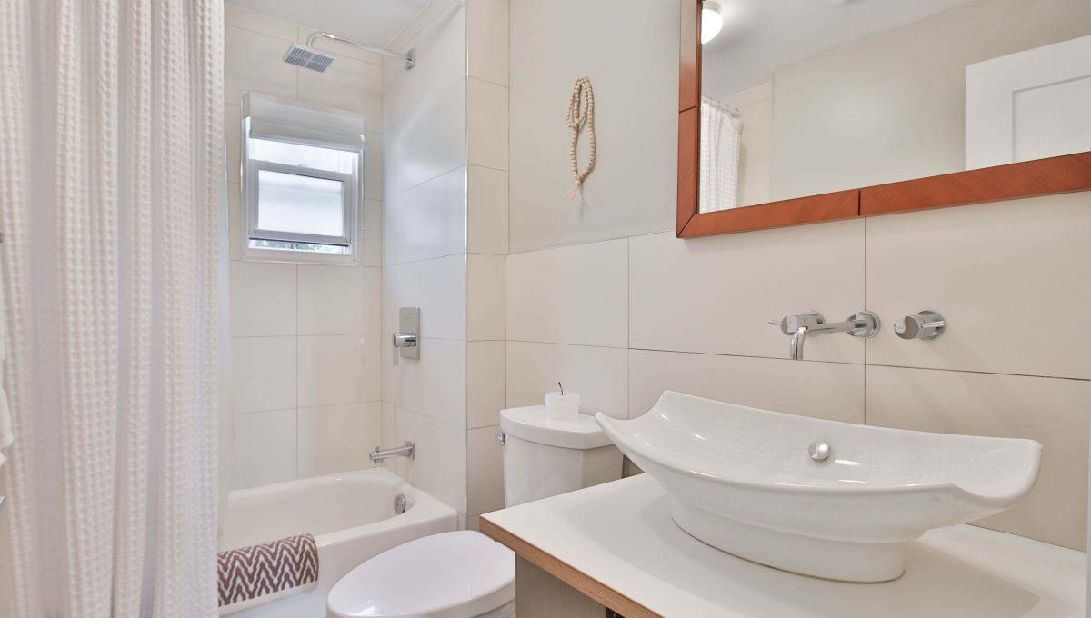 29_Bathroom
