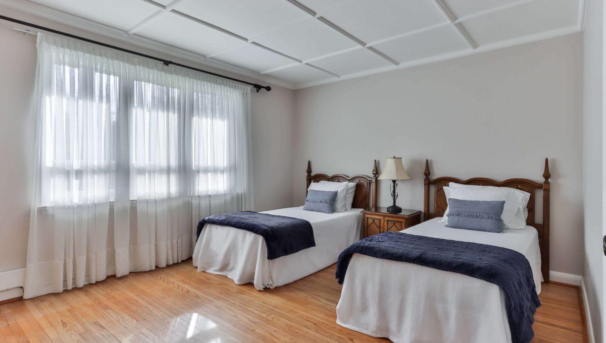 29_Bedroom