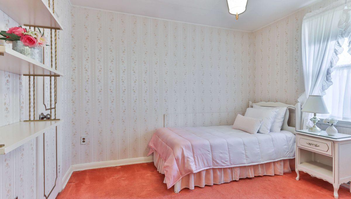 32_Bedroom